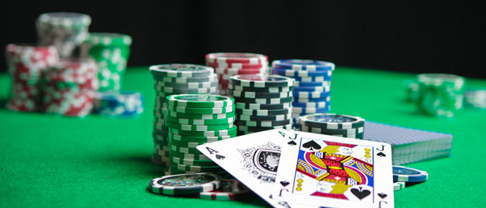 The difference between the landsbased ongambling and online gambling
